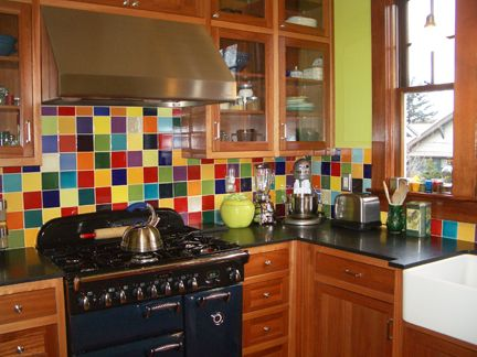 Love this colorful kitchen! Must brush up on my tiling skills - I see this in our kitchen's future!