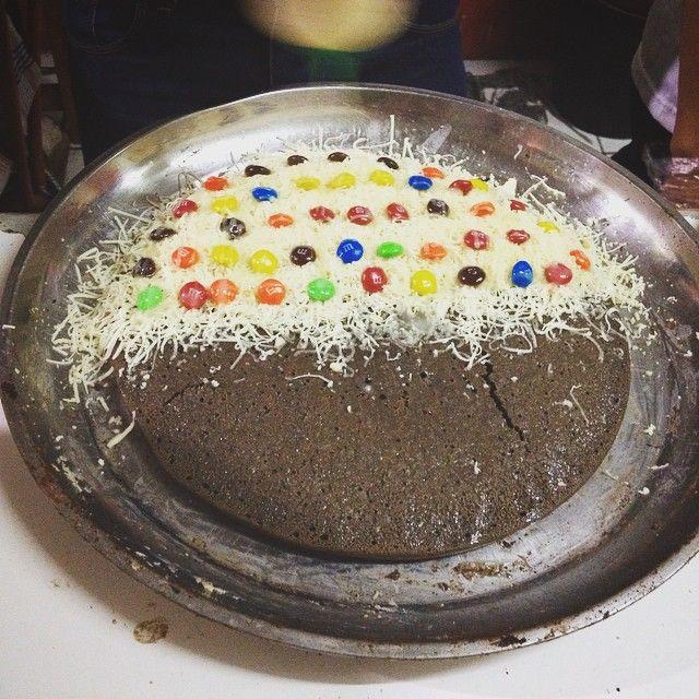 Instagram media by marsellusphang87 -  #mabro #martabak #terbul #brownies #dakocan168 #mnm #bandungfood #instafood #sweet #dessert