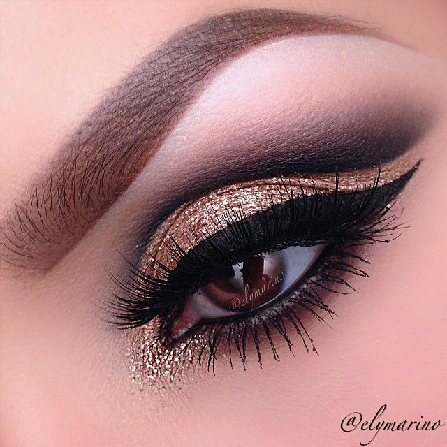 Gold smokey eye with cat eye liner #eyes #eye #makeup #bold #dark #smokey #dramatic