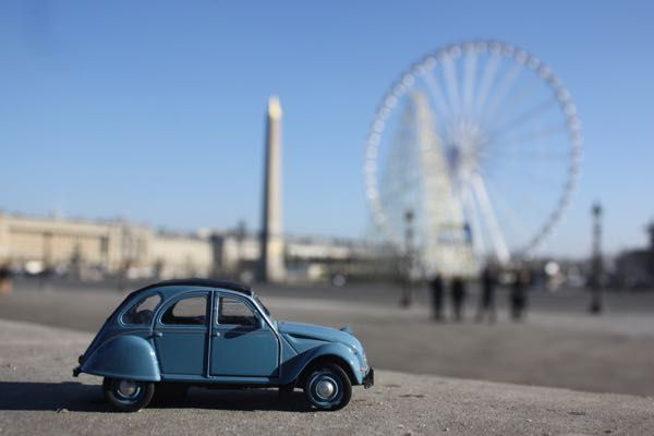 "🚗2CV Week # 23  PARIS PHOTO CHALLENGE: Think you know Paris? Each week I will be posting a picture of my Citroen 2CV car in front of a famous Parisian monument or location. Follow the challenge using the hashtag #JansFrance2CV on Twitter or Instagram or check out my website and make your guess. At the end of each week I will post the answer on my website under ""Paris""🇫🇷"