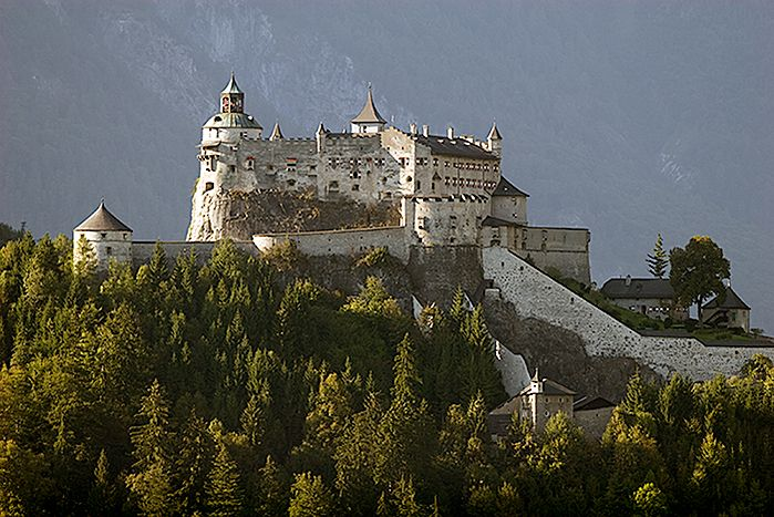 Travel tip Austria - Hohenwerfen Castle - the location of the movie Where the Eagles Dare. More http://www.youtube.com/watch?v=5kQFXbQWitA=player_embedded