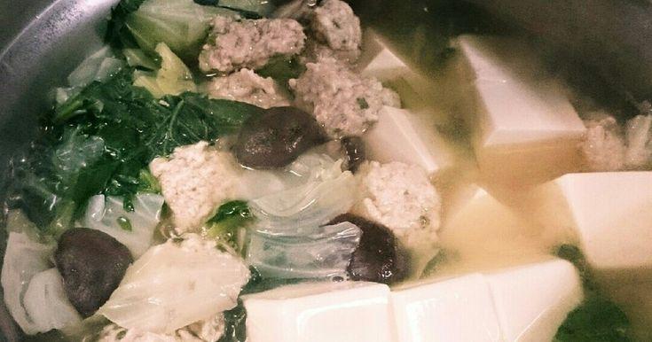 ダイエット中のパパも年頃の子供たちもみんな大好きおかわりして食べている鍋スープです。肉団子が絶品(^-^)v