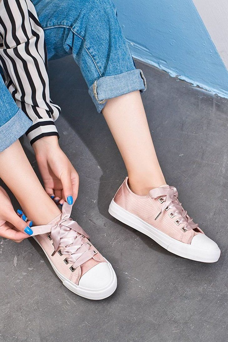 Cute sneaker outfits