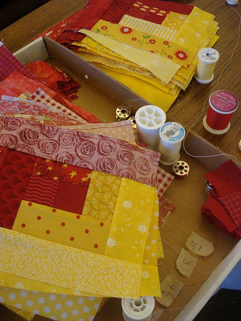red and bright yellow color idea: Colors Logs, Colors Combos, Aspen Grove, Quilts Blocks, Two Colors Quilts, Limes Green, Yellow Quilts, Bright Yellow, Logs Cabins Quilts