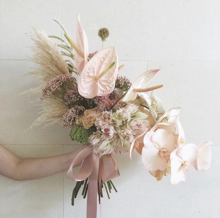 Bohemian Florals Modern Bridal Bouquets Bridal Bouquet Styles Orchid Bouquet