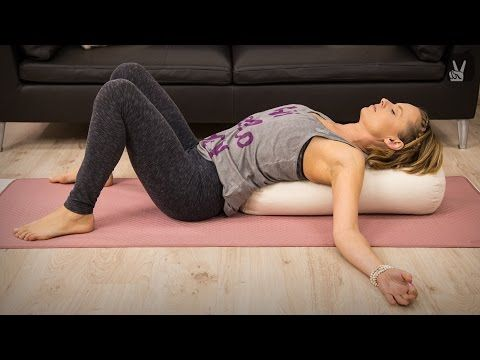 Yin Yoga für Entspannung nach einem stressigen Tag - YouTube