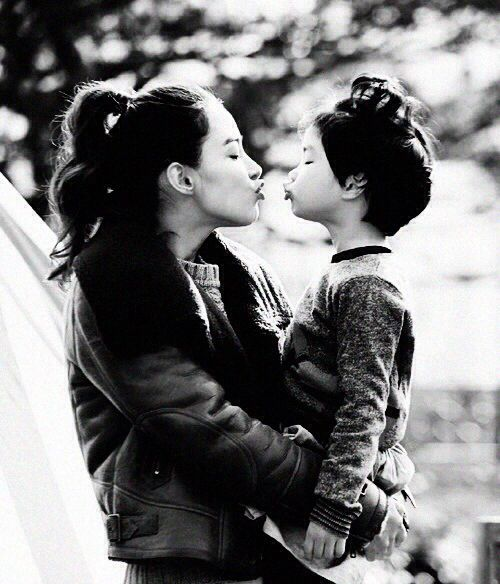Haru and Kang Hye Jung (her mom, Tablo's wife)