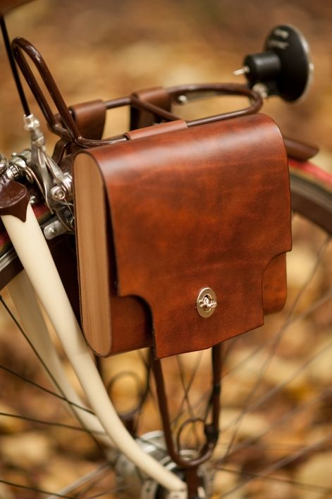 Bicycle Pocket Pannier - Walnut Studiolo