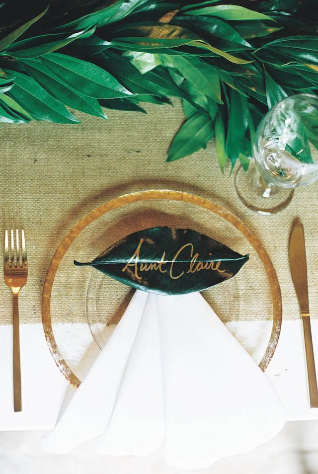 Leaf place card with calligraphy | Abigail Boho Photography | see more on: http://burnettsboards.com/2015/09/americana-wedding-hermitage-nashville/