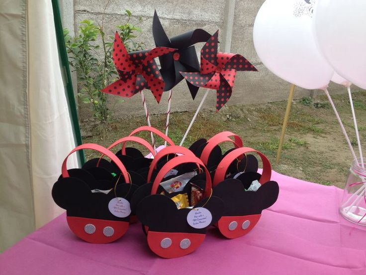 Cajas de sorpresas mickey | Cumpleaños minnie y mickey | Pinterest