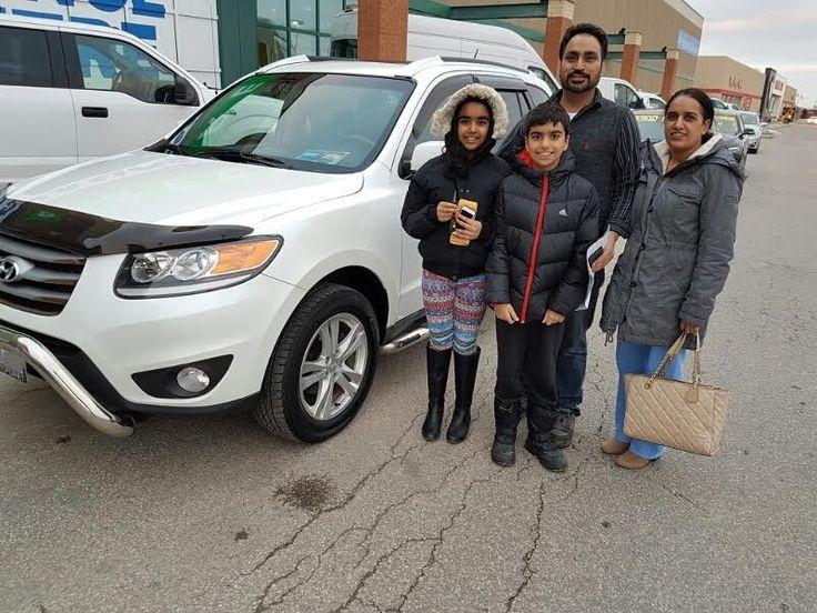 Congratulations to the Chahal family with the purchase of their 2012 Hyundai Santa Fe @autopdirect! . #autopdirect #autoplanetdirect #usedcars #happy #performanceautogroup #Brampton #hyundai #santa fe #ontario #winter2017 #autoplanet