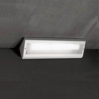 cornice | Viabizzuno cuerpo iluminante de pared o techo, para interiores IP20, realizado en metal barnizado blanco. diseñado para ser colocado sobre capiteles y marcos, puede cablearse para lámparas fluorescentes, halógenas/led con reflector de aluminio o vapores de halogenuros.