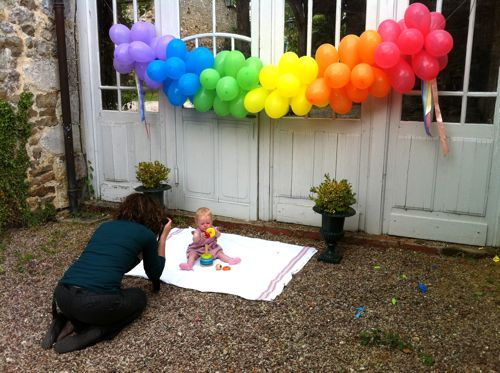 Rainbow Balloon Banner : DIY tutorial with step-by-step and pics on this site! Such a GREAT IDEA for any party! ~designmom.com