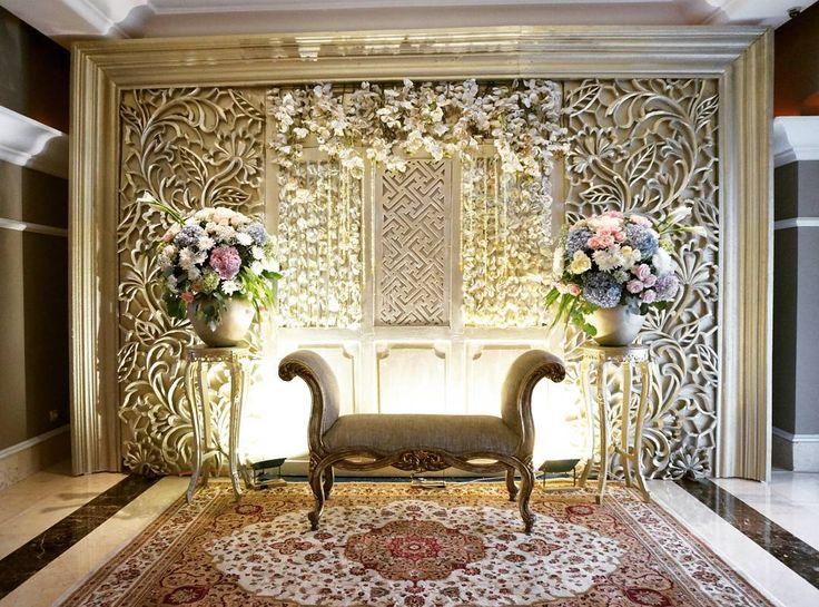 "21 Likes, 2 Comments - Event & Wedding Decor Jakarta (@sentrabunga) on Instagram: ""From Engagement and Ruwatan  @arafinas & @rovito.hoetomo  Organized by @mamiehardo & @mitahardo…"""