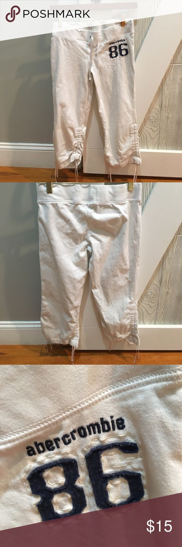 Abercrombie kids capris🎈Final days! White Abercrombie capris for spring and summer. 100% cotton; very good condition. abercrombie kids Bottoms