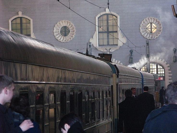 Una foto del #Transiberiano saliendo de #Rusia #Viajes #BucketList: Viajes Bucketlist, Bucket List, Favorite Places, Places I D, Ferrocarril Trans, Trans Siberiano