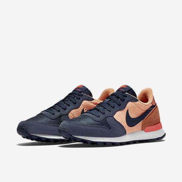 Nike Internationalist Print