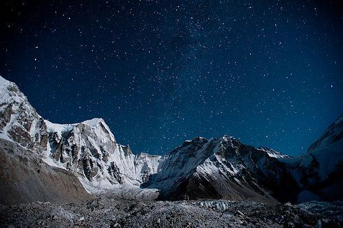 The Khumbu glacier under a sky full of stars (by Alex Treadway)