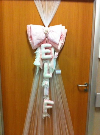 Kız bebek kumaş kapı süsü, dantelli hastane odası süslemesi, bebek doğum organizasyonu