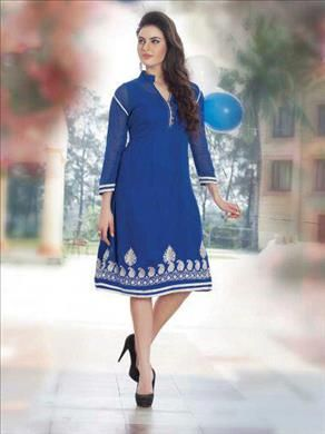 Each with a high awarness of international luxury, fashion and beauty brands. Beautiful Blue color kurti only at xeroshop.com