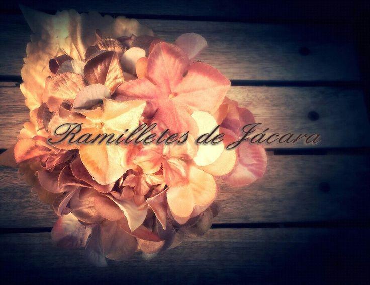 Ramilletes para flamenca de JACARA
