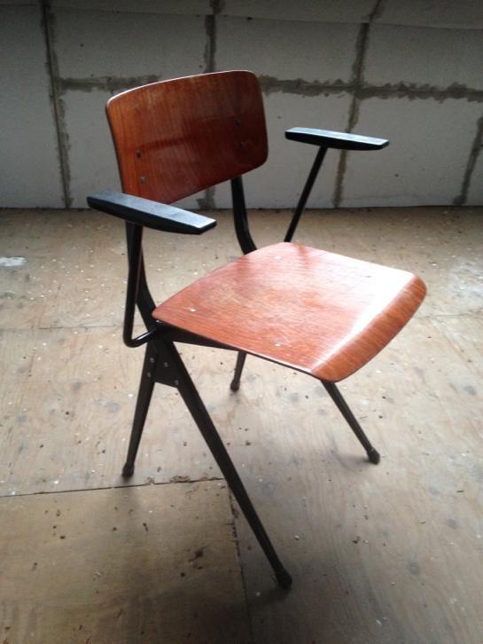 Marko industriele stoel schoolstoel jaren 60/70