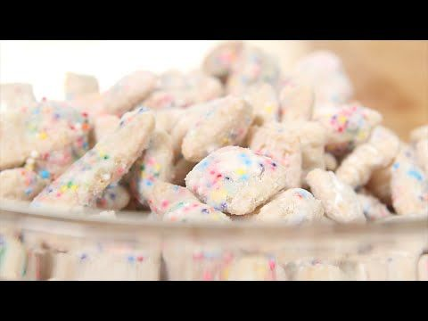 I don't know about you guys, but I grew up on some puppy chow!  Though, this is a pretty big spin on it! A cupcake puppy chow?!  The sweet, crunchy, powdery, delicious treat is so tasty and perfect for any party!