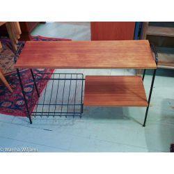 Hylly - sivupöytä