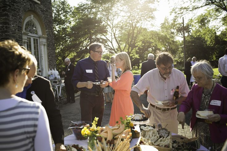 Guests enjoy an alfresco buffet - photo by Ryan Collerd