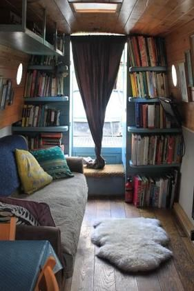 20 Window Seat Book Nooks You Need To See