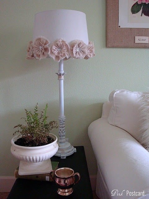 Super cute way to decorate a lamp shade