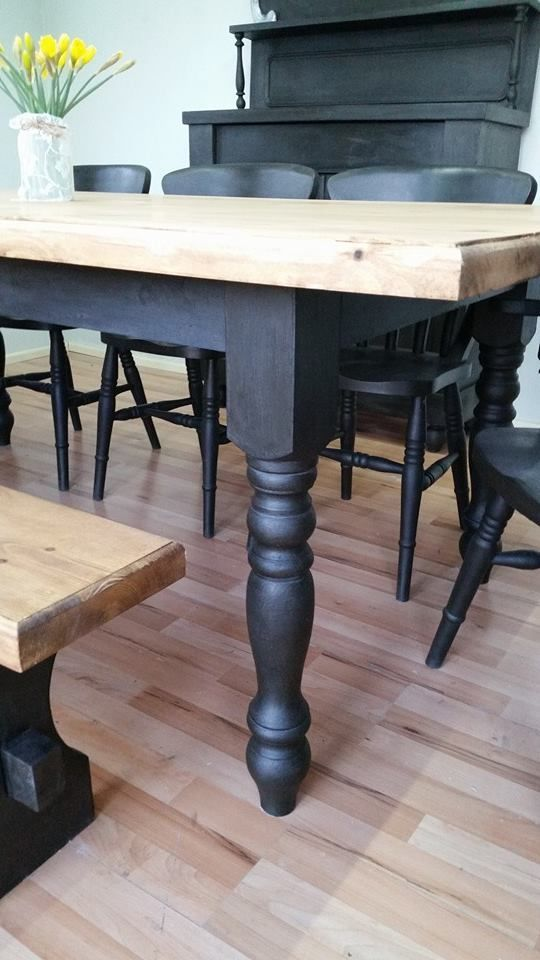 Lovely Annie Sloan piece shared with us by Michelle Tucker who also has a Facebook page called My Vintage Home - Thanks for sharing Michelle 'Our first farmhouse table in graphite. So pleased with the results'