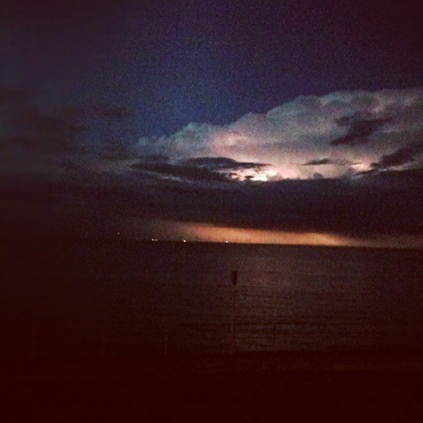 """@_cairyhunt's photo: """"Managed to get a snap of the lightning earlier! #lucky #epic #beautiful #thunder"""""""