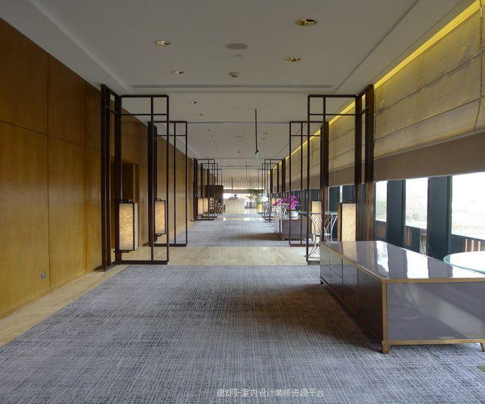12 hallway elevator hall for Design 8 hotel soest