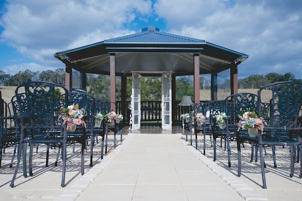 Gorgeous wedding ceremony location only 45 minutes North East of Brisbane, QLD Ocean View Estates Winery & Restaurant - .