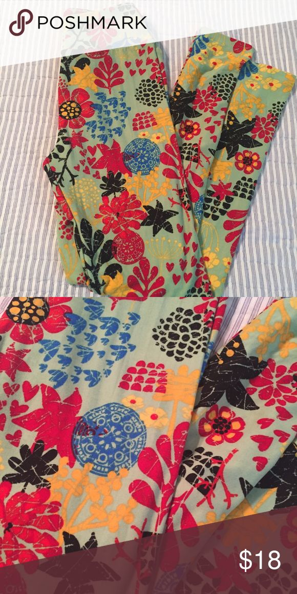 NEW LulaRoe spring leggings floral CUTE and NEW! LulaRoe spring floral leggings. Bright colors. Smoke and pet free. LuLaRoe Pants Leggings