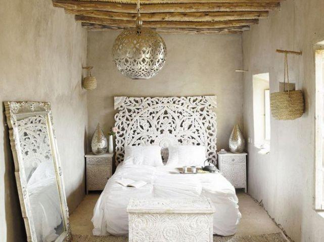 Parce que la déco peut aussi nous permettre de nous évader, place au style oriental avec cette suspension traditionnelle marocaine. Suspension Rabia, 179,99€, Maisons du monde