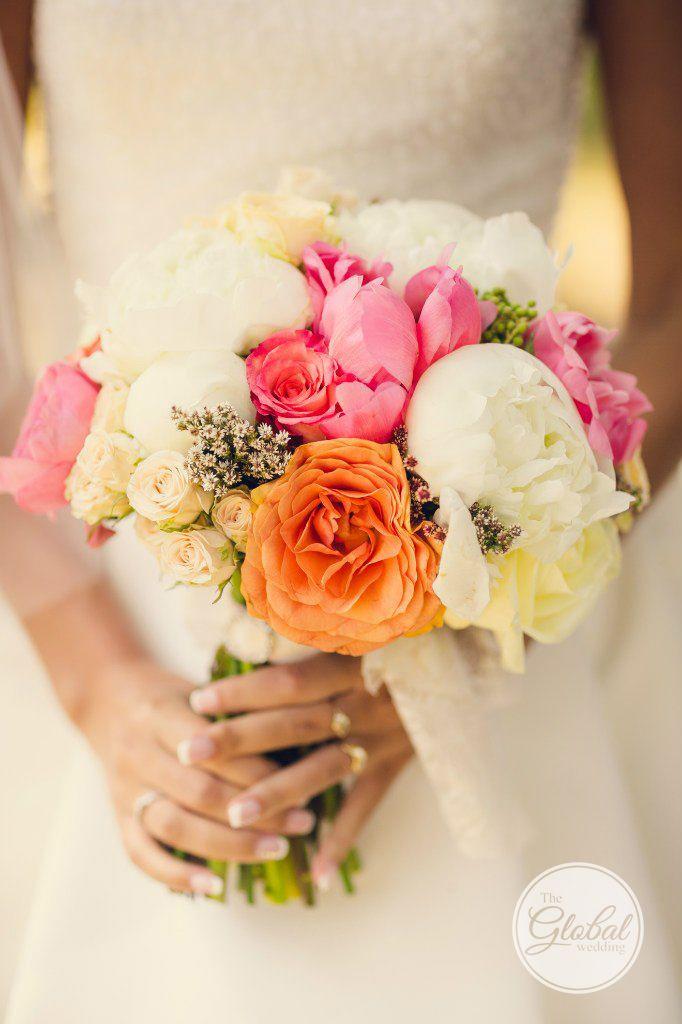 Букет невесты  с пионами Wedding bouquet Фотограф Мария Окунева