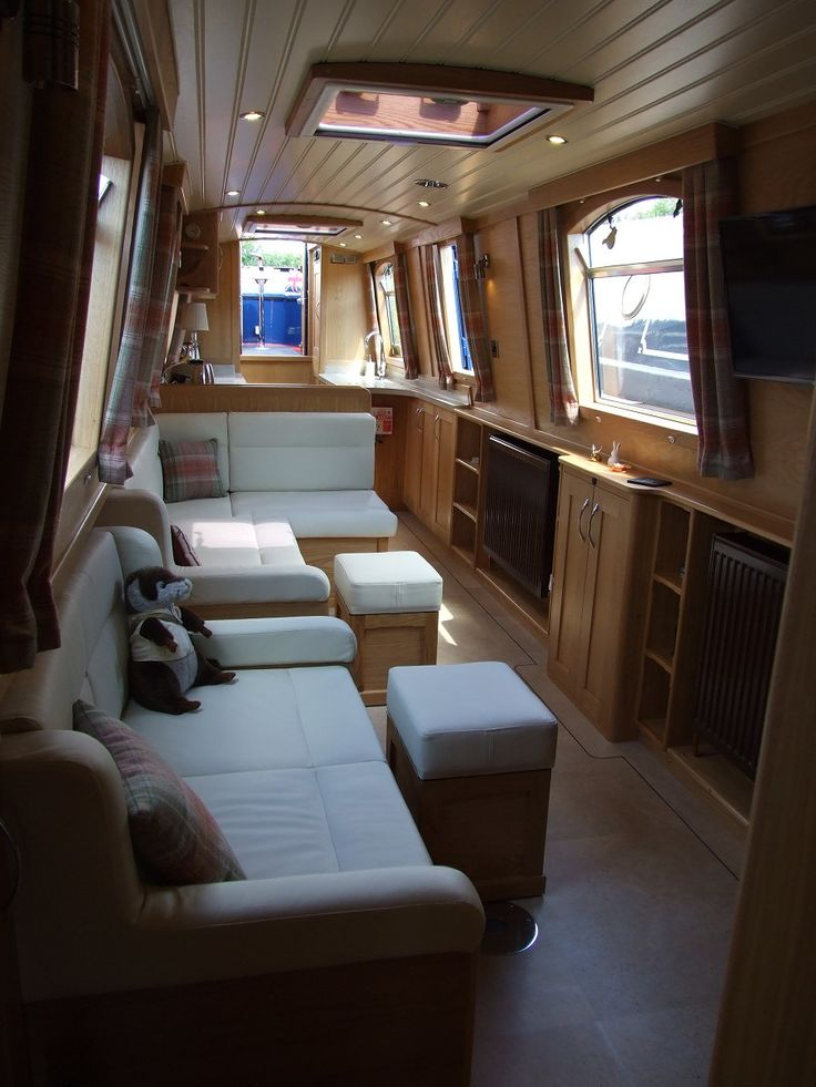 "narrowboat builders ~ bespoke narrowboats ~ narrowboat fitters - ""idle ours"""