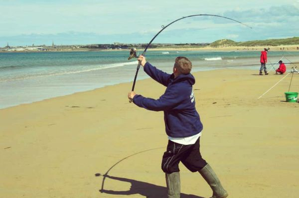 How Important Is To Get The Right Surf Fishing Rods