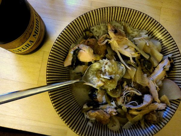 Slow-cooker_chicken_tomatillo