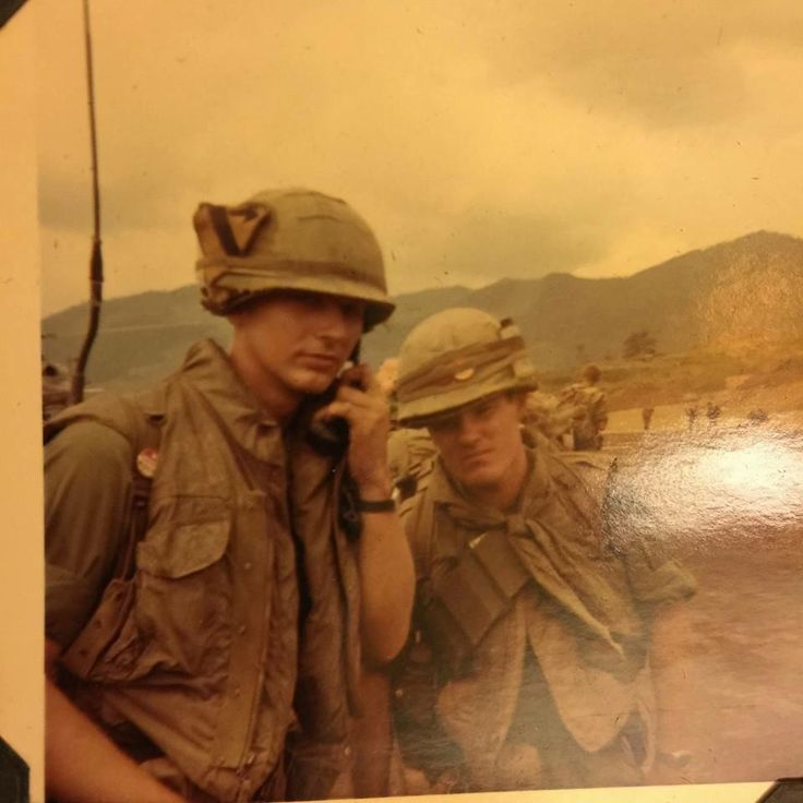 My grandfather (left) on his 21st birthday July 10 1968 with Lt. Hodges; Vietnam War. http://ift.tt/2hnLh19