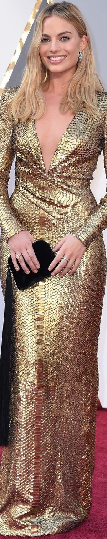 Margot Robbie 2016 Oscar Red Carpet.                                                                                                                                                      More