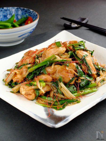 酸味を飛ばして旨味凝縮♪  皮目をバリっと焼いてタレで蒸し焼くから、鶏肉ふっくら。  野菜は後入れでシャキシャキ!  家庭で簡単、中華料理店の味です(^^)