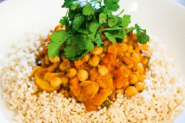 Chickpea & apricot tagine with brown rice recipe, NZ Woman's Weekly – Three Shortland St stars and uniting to fight poverty by going below the line. The actresses get a taste of life on just $2.25 a day. – foodhub.co.nz