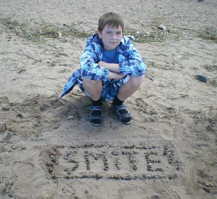 Весь логотип целиком выложен из ракушек. #SmiteEverywhere #Smite #Смайт #SmiteProRu