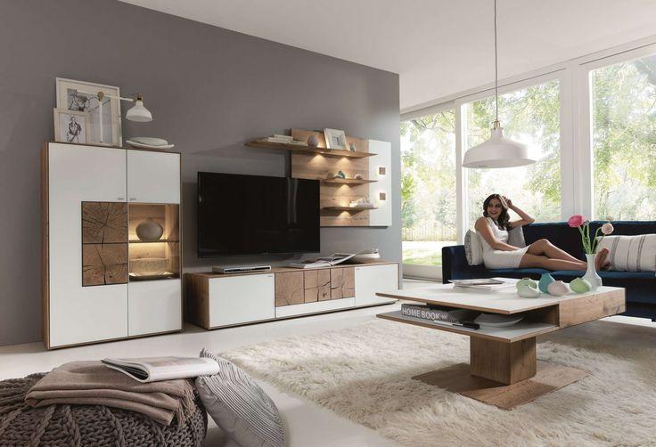 Nábytek a bytové doplňky světového designu.Od vybavení obývacího pokoje, přes ložnice, pracovny až po jídelny. Sedací soupravy, skříně, lůžka, stoly, židle včetně mimořádných interiérových dekorací.