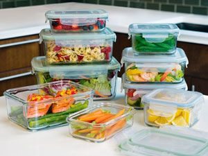 I've ordered me a set of these Snapware Glasslock containers and I'm going to throw away a BUNCH of my old Tupperware and Rubbermade!
