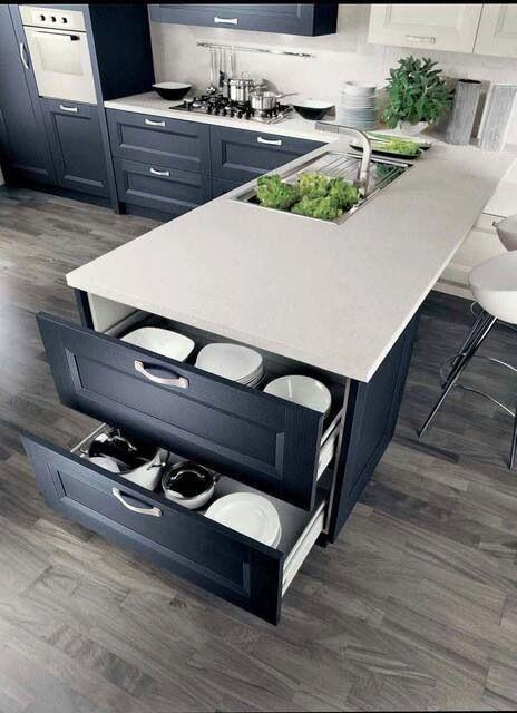 Cajones extraibles en armarios inferiores de cocina en el extremo # creative idea kirchen