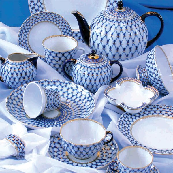 Imperial Lomonosov porcelain: Cobalt Net